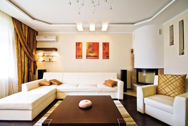 Дизайн потолка в зале из гипсокартона