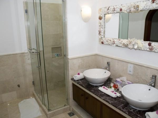 как сделать ванную комнату плиткой фото