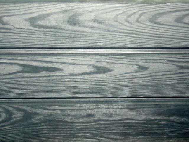 Старая темная деревянная текстура металлической пластинкы