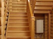 Лестницы на второй этаж из дерева для дачи своими руками фото 127