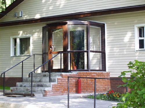 вход в дом фото крыльцо закрытого типа