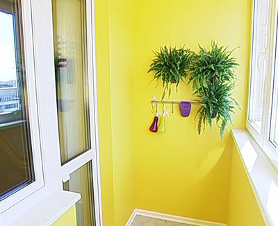 Покраска заборов фасадов
